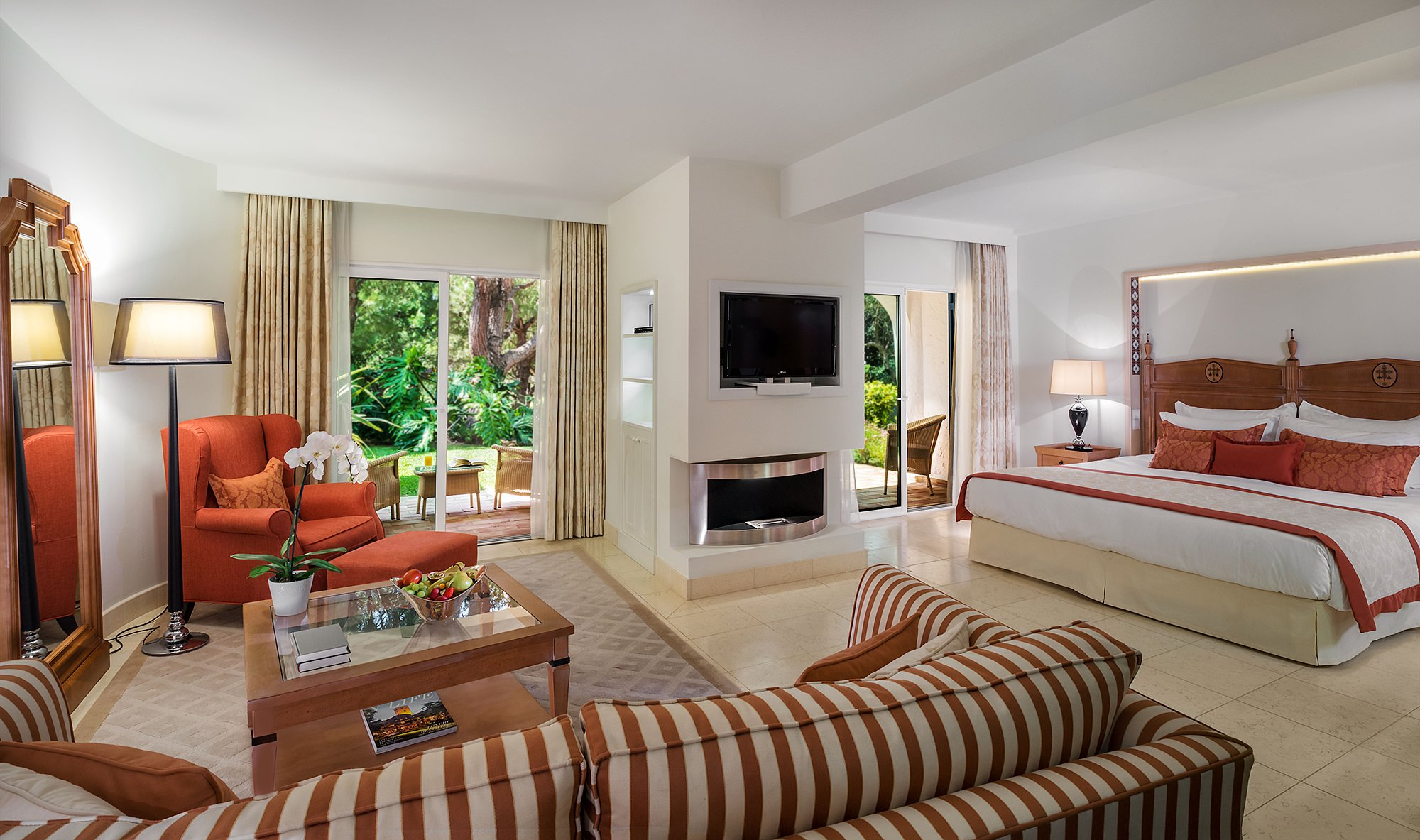 Oasis Family Suites