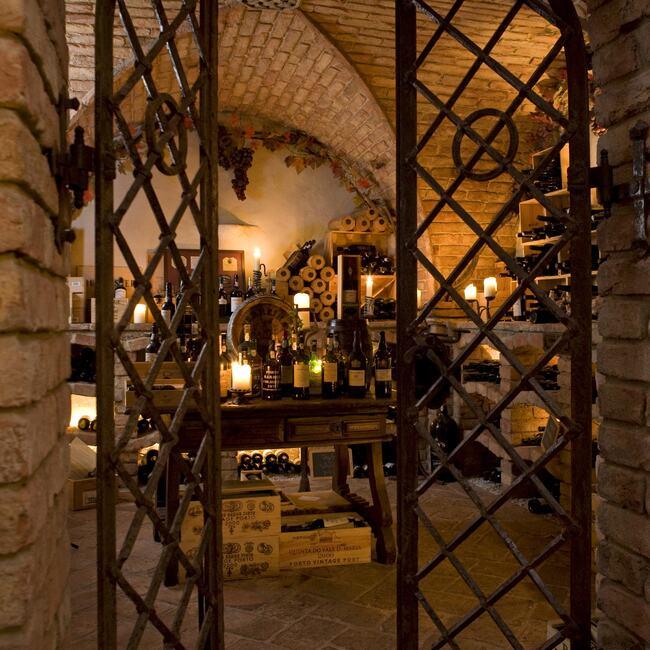 Wine cellar entance at Cave de Vinhos