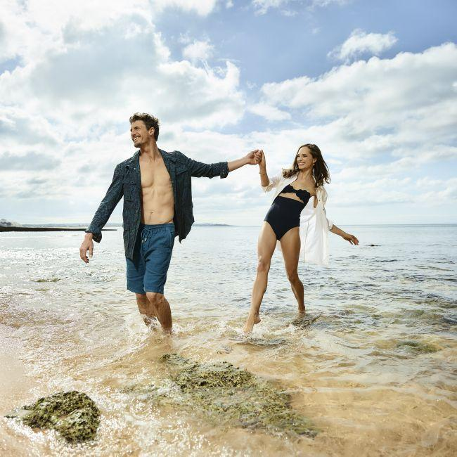 V-Life Fashion Shoot: Couple on beach