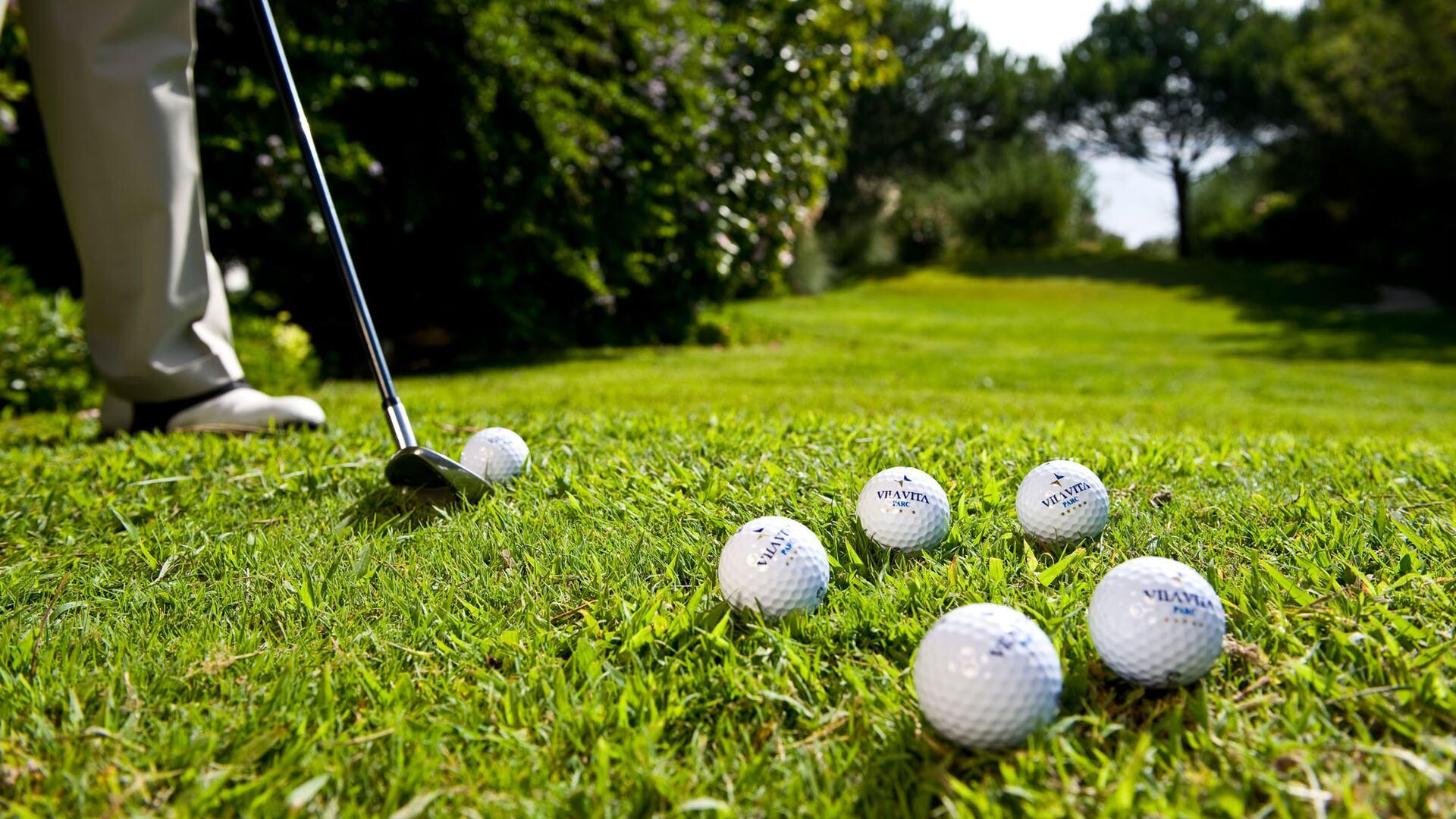 Golf activities available at Vila Vita Parc