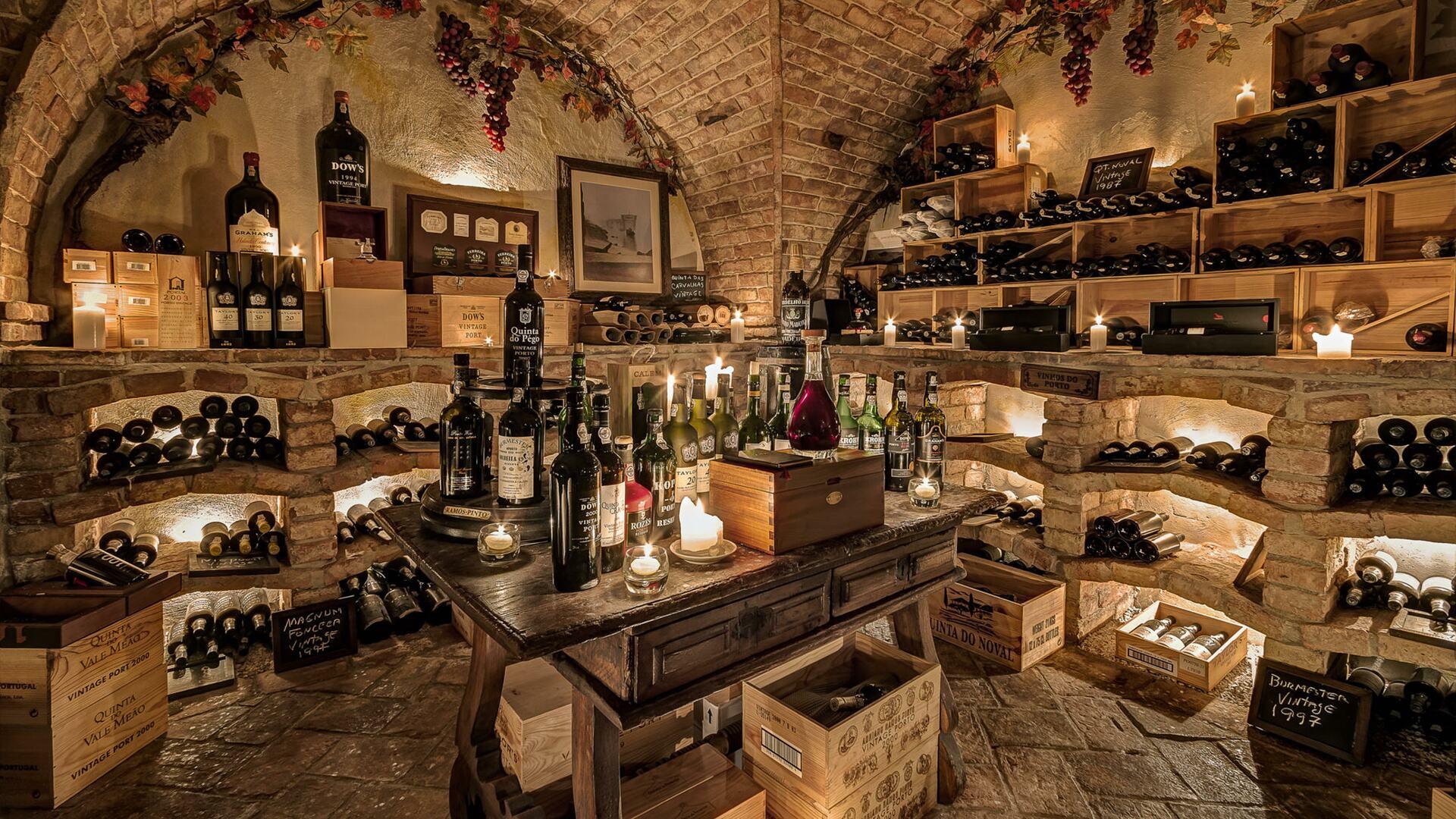 Cave de Vinhos