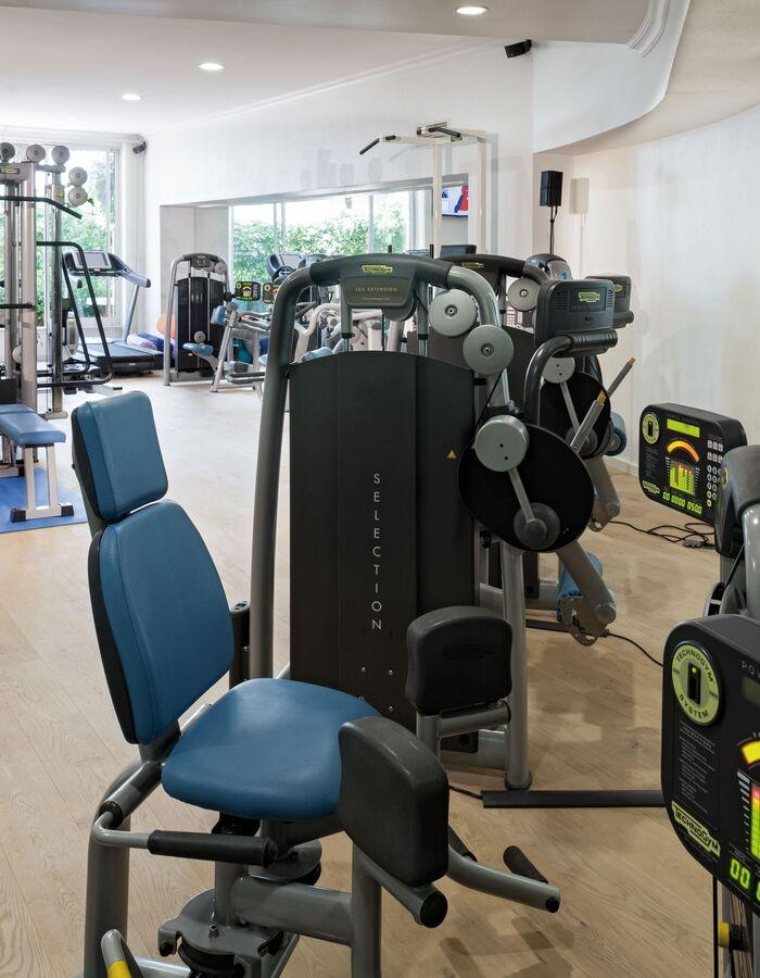 Gym services provided by Health Club.