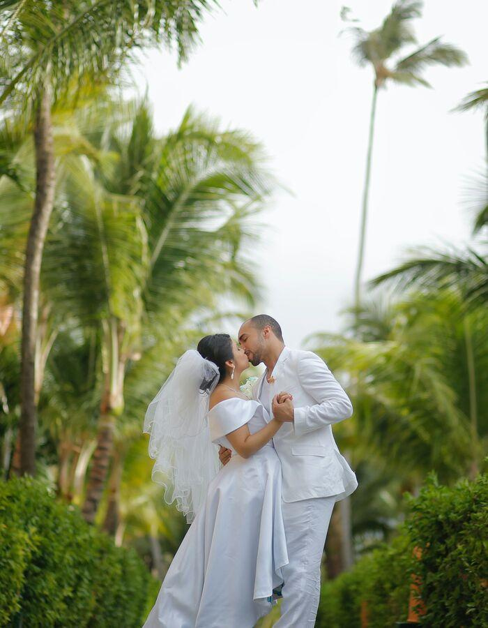 Wedding services provided by Vila Vita Parc.