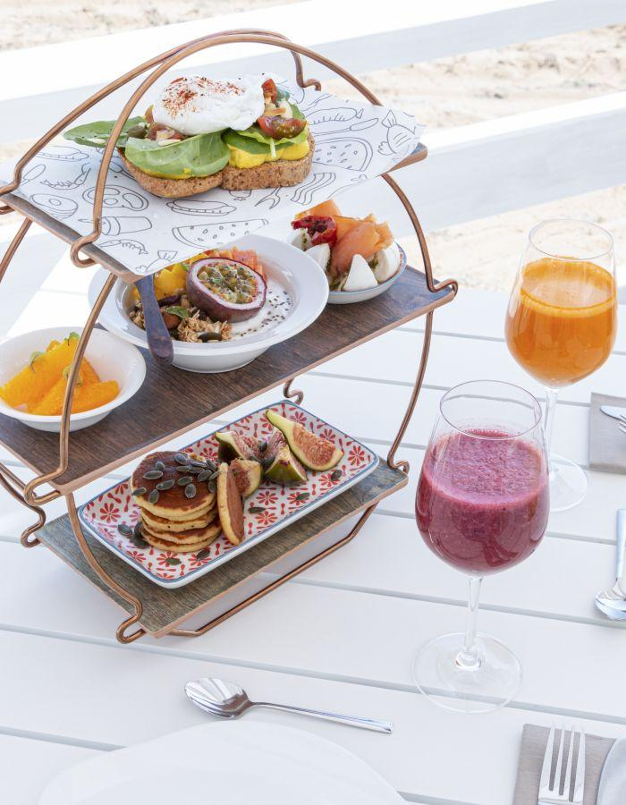 Whether you are an early bird or a late riser, begin the day with a power breakfast or our summer brunch at the beach.